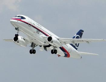 Самолёт ssj-100. Фото с сайта  db.lv