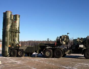 ПВО усилилась новейшими С-400. Фото: ANDREY SMIRNOV/AFP/Getty Images