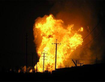 Взрыв в поселке Даурия был такой силы, что в девяти многоквартирных домах неподалеку были выбиты стекла. Фото с сайта liveinternet.ru