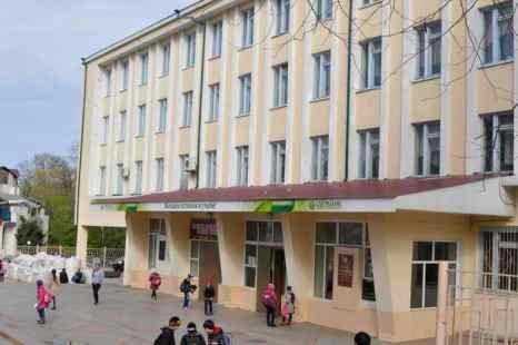 Бесплатные учебники выдадут младшим школьникам Новокузнецка. Фото: ALEXEY DRUZHININ/AFP/Getty Images
