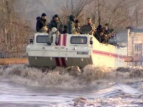 Паводок в Самарской области затопил жилые дома. Фото с 1tv.ru