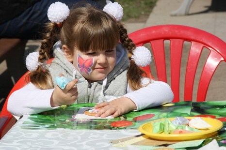 На Цветном бульваре Московский цирк Юрия Никулина организовал детскую программу