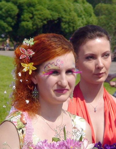Фоторепортаж. Х парад невест в Москве, 29 мая 2011. Фото: Максим Кочетков/Великая Эпоха (The Epoch Times)