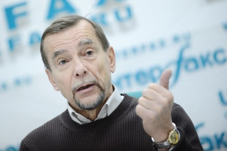 Лев Пономарёв. Фото: NATALIA KOLESNIKOVA/AFP/Getty Images