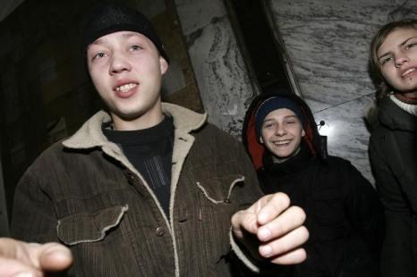 МВД предлагает помещать юных преступников в спеццентры на 30 суток. TATYANA MAKEYEVA/AFP/Getty Images)