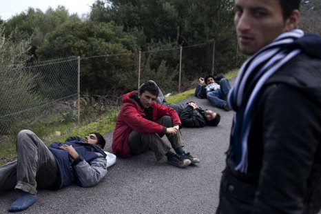 Нелегальные мигранты. Фото: Giorgos Moutafis/AFP/Getty Images
