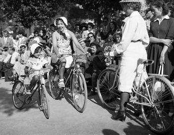 Как изобретали велосипед. Фото: AFP/Getty Images