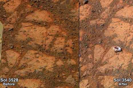 Объект, найденный марсоходом Opportunity на Марсе (справа) и тот же самый участок 12 днями ранее (слева). Фото: NASA