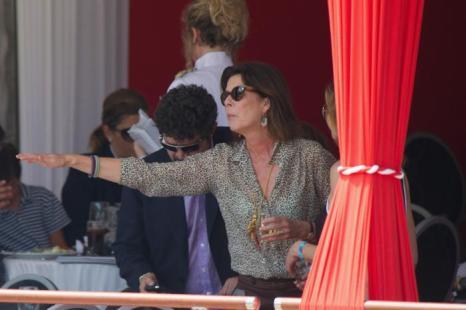 Принцесса Гановерская Каролин наблюдает за Шарлоттой Казираги, принимающей участие в чемпионате по верховой езде - Global Champions Tour 2012. Фоторепортаж. Фото: Pascal Le Segretain/Getty Images