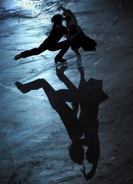 ЧЕ-2011. Показательные выступления российских фигуристов на чемпионате Европы. Фоторепортаж. Фото: JOE KLAMAR/YURI KADOBNOV/AFP/Getty Images