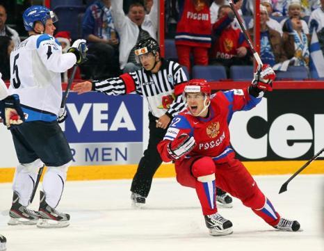 Сборная России по хоккею выигрывает у  финнов со счётом 6:2. Фоторепортаж из Хельсинки. Фото: Martin Rose/Bongarts/Getty Images
