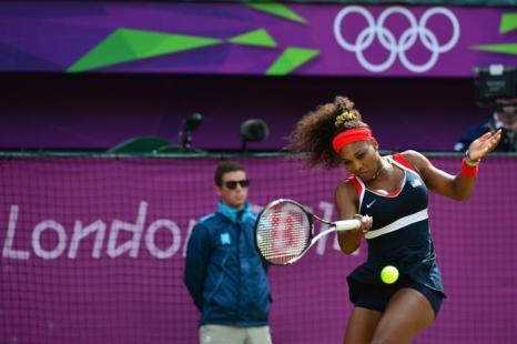 Серена Уильямс обыграла Марию Шарапову и стала четырехкратной Олимпийской чемпионкой.  Фоторепортаж.  Фото: Clive Brunskill/Getty Images)