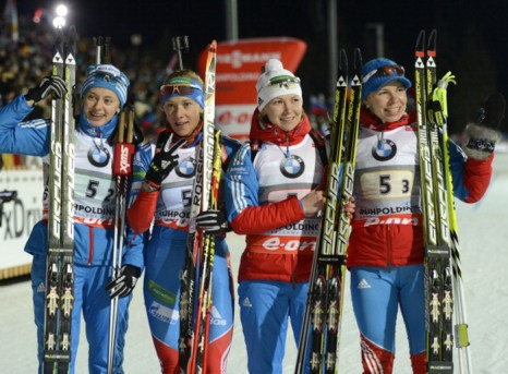 Биатлонистки из России взяли «серебро» на Кубке мира. Фото:    CHRISTOF STACHE/AFP/Getty Images