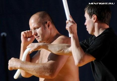 Федор Емельяненко готовится к бою против Фабрицио Вердума. Фото с сайта mixfight.ru
