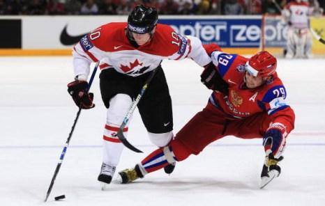 ЧМ-2010: Россия разгромила Канаду. Фото: Martin ROSE, Alexander NEMENOV/Bongarts/Getty Images