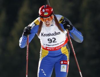 Сергей Седнев выиграл гонку  на шестом этапе Кубка мира по биатлону. Фото: HRVOJE POLAN/AFP/Getty Images