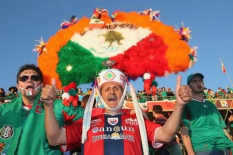 Мексика - Уругвай. Фото: Streeter LECKA, Christof KOEPSE, Ezra SHAW, Roberto SCHMIDT/Getty Images