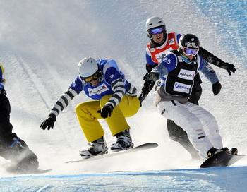 Дмитрий Базанов выиграл два «золото» на этапе Кубка Европы по сноуборду. Фото: Vianney Thibaut/Agence Zoom/Getty Images
