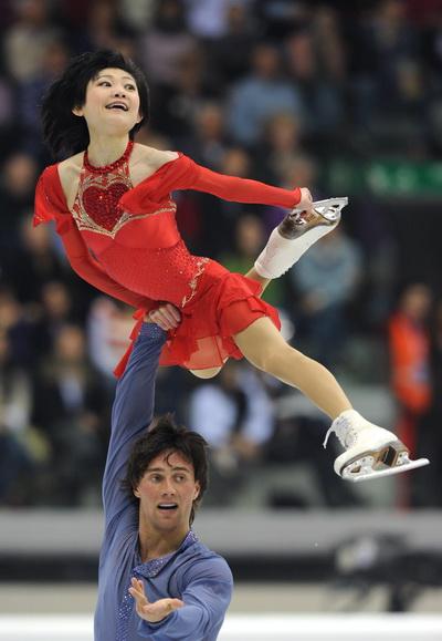 Юко Кавагути и Александр Смирнов. Фото: Yuri  KADOBNOV/AFP/Getty Images