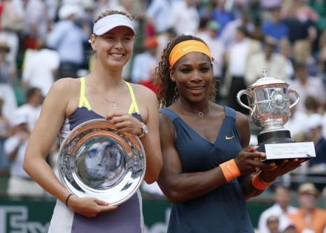 Серена Уильямс встретилась в финале Открытого чемпионата во Франции с Марией Шараповой и взяла главный трофей турнира. Фото: PATRICK KOVARIK/AFP/Getty Images