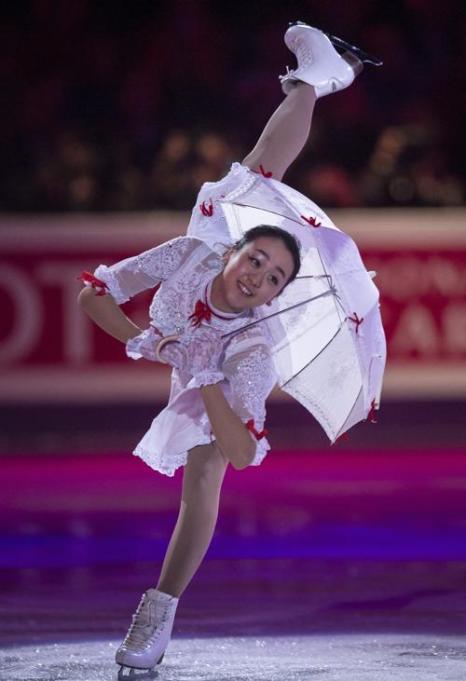 Призёры Чемпионата мира по фигурному катанию на показательном выступлении 17 марта 2013 года в канадском Лондоне. Фото: GEOFF ROBINS/AFP/Getty Images