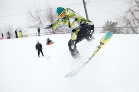 Снежные заносы в Колорадо. Фоторепортаж. Фото: Dana Romanoff/Getty Images