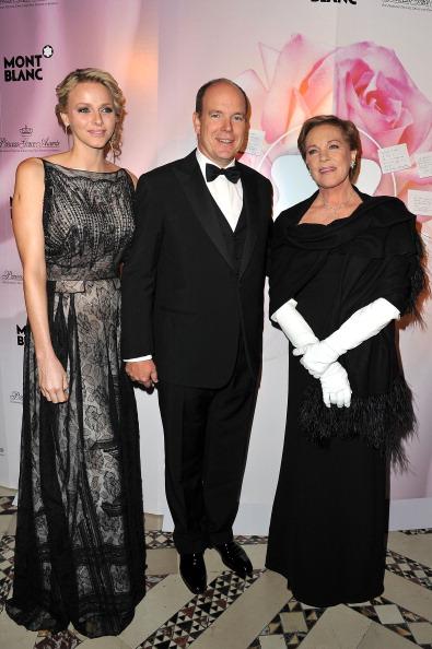 Принц Монако Альберт II и принцесса Шарлин на церемонии вручения премии принцессы Грейс. Фото: Pascal Le Segretain / Getty Images для MONTBLANC