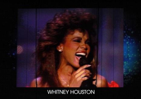 В память Уитни Хьюстон.  «Грэмми» началась с песни Уитни Хьюстон из «Телохранителя». Фоторепортаж. Фото: Taylor Hill, Kevin Winter, JOE KLAMAR/AFP/Getty Images