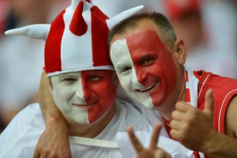 Матч второго тура Евро-2012 между сборными России и Польши состоялся в Варшаве 12 июня 2012. Фото: NATALIA KOLESNIKOVA/AFP/GettyImages)