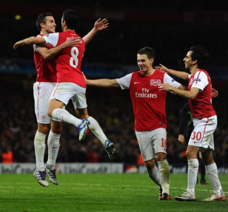 Дубль Ван Перси принес победу «Арсеналу» над «Боруссией». Фоторепортаж и видео с матча. Фото:  Mike Hewitt/Getty Images