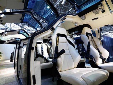 Роскошный супер автобус-лимузин арабского шейха. Фото с сайта superbusproject.com