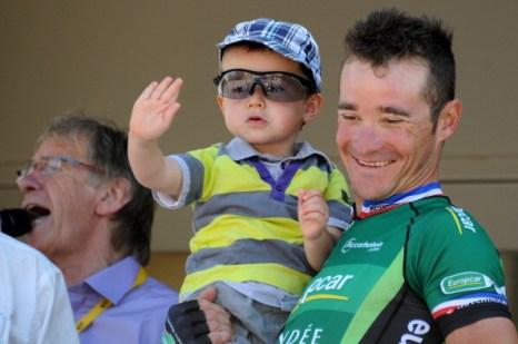 [17:39:12] Vinogradova Tania: Фоторепортаж c  велогонки Tour de France третьего  этапа. Фото:  Michael Steele/ JOEL SAGET /PASCAL PAVANI/AFP/Getty Images