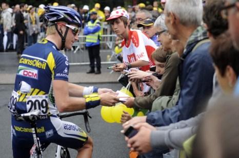 Девятый этап  велогонки Tour de France выиграл испанец Луис-Леон Санчес. Фоторепортаж с трассы. Фото: PASCAL PAVANI/AFP/Getty Images