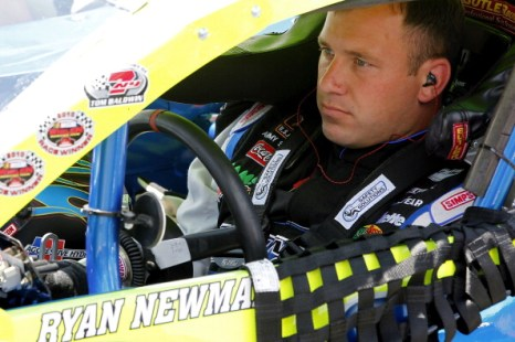 Фоторепортаж с  квалификационных заездов NASCAR Whelen на скоростной трассе Нью-Гемпшир. Фото: Geoff Burke/Getty Images