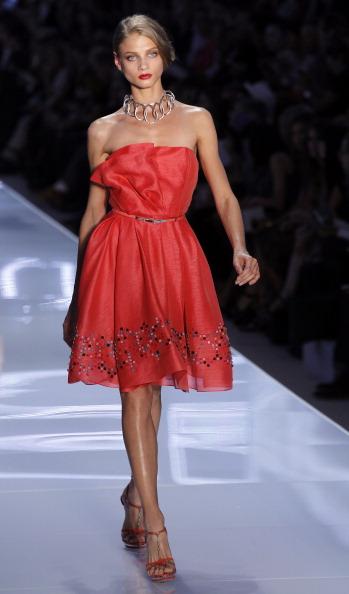 Christian Dior на Неделе моды в  Париже представил дизайнер Билл Гейтен. Фото: FRANCOIS GUILLOT/AFP/Getty Images