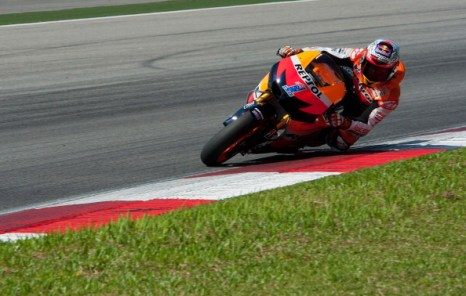 Кейси Стоунер (Casey Stoner). Фоторепортаж с трека Сепанг. Фото: Mirco Lazzari gp/Getty Images