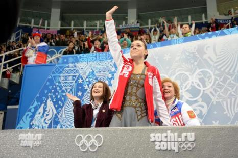 Аделина Сотникова выступила на Олимпиаде с произвольной программой, показав «золотой» результат20 февраля 2014 года. Фото: DAMIEN MEYER/AFP/Getty Images