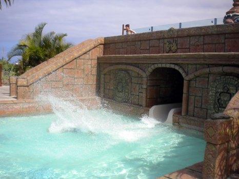 Самый большой аквапарк в Северной Америке Noah's Ark Waterpark. Фото: SkilletCreek/flickr.com