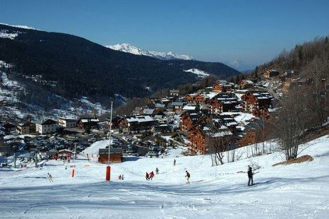 Широко известный во всем мире горнолыжный курорт Мерибель, находится в самом центре «Трех Долин». Фото: DimiTalen/commons.wikimedia.org