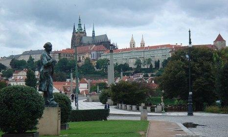 Пражский Град - самая большая по площади президентская резиденция в мире, возможно, также самый большой в мире замок. Фото: Jagandrk/commons.wikimedia.org