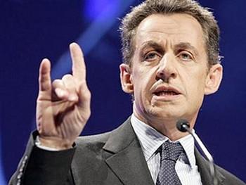 Президент Франции Николя Саркози в мае пригрозил вывести свою страну из еврозоны. Фото с polblog.ru