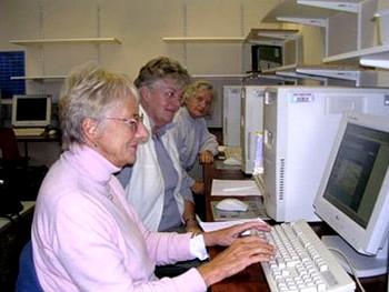 Британские пенсионерки. Фото с womens-institute.co.uk