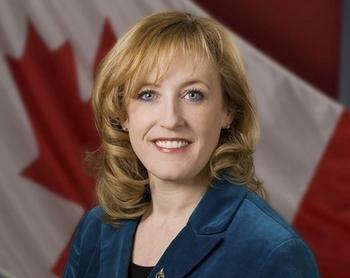 Лиза Рейтт, министр труда Канады. Фото: hrsdc.gc.ca