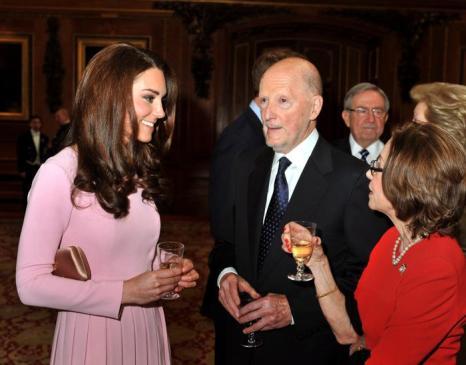 Кэтрин, герцогиня Кембриджская, на обеде суверенных монархов, приглашённых королевой Елизаветой II. Фоторепортаж. Фото: John Stillwell - WPA Pool/Getty Images