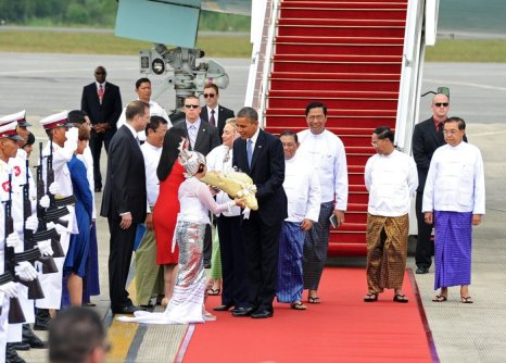 Барак Обама впервые в истории прибыл в Мьянму. Фоторепортаж. Фото: Soe Than WIN/AFP/Getty Images