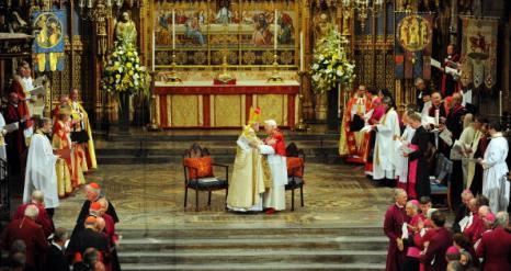 Скотланд-Ярд во время визита Папы Римского, Бенедикта XVI в Великобританию обеспечивал надежную охрану. Фото: Carl Court/Chris Ison/Christopher Furlong/ WPA Pool/Getty Images