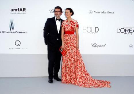 Знаменитости на мероприятии 2012 amfARs Cinema Against AIDS во Франции. Michel Hazanavicius; Berenice Bejo. Фоторепортаж. Фото: Andreas Rentz/Getty Images