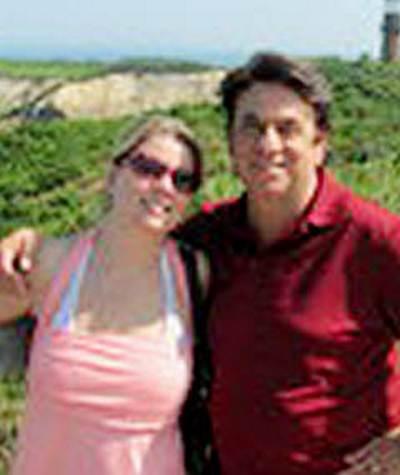 Ураган в  Нью-Йорке.  За рулем автомобиля погибла 30-летняя Алина Левакис, жительница Пенсильвании. Фото с сайта nydailynews.com