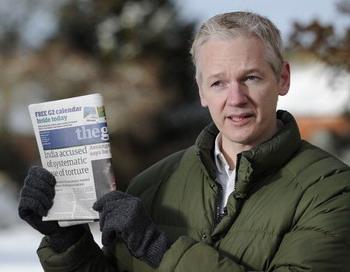 Основатель Wikileaks Джулиан Ассанж вышел на свободу и не намерен прекращать свою работу.  Фото: Carl Court/AFP/Getty Images