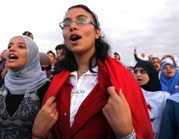 Активистки исламской партии Эннахда в Тунисе. Фото: zeit.de
